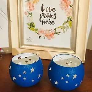 Set of 2 Blue star candle holders